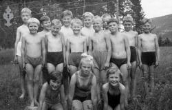 Symjekurs  Vrådal 1953 1 - #KvH 03-042 b