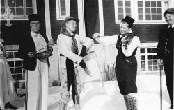 Folkehøgskulen Utsund Elevbilete 05 Revydeltakarar 1946 47 - #KvH 134 b